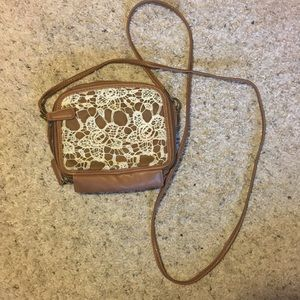 Cross- Body Purse